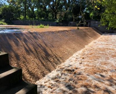 Reparación del dique El Sunchal