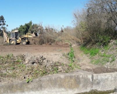 Limpieza del canal derivado sur Río Calera