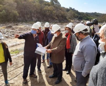 Se efectuó una visita de obra en el dique San Ignacio en la zona de la Cocha
